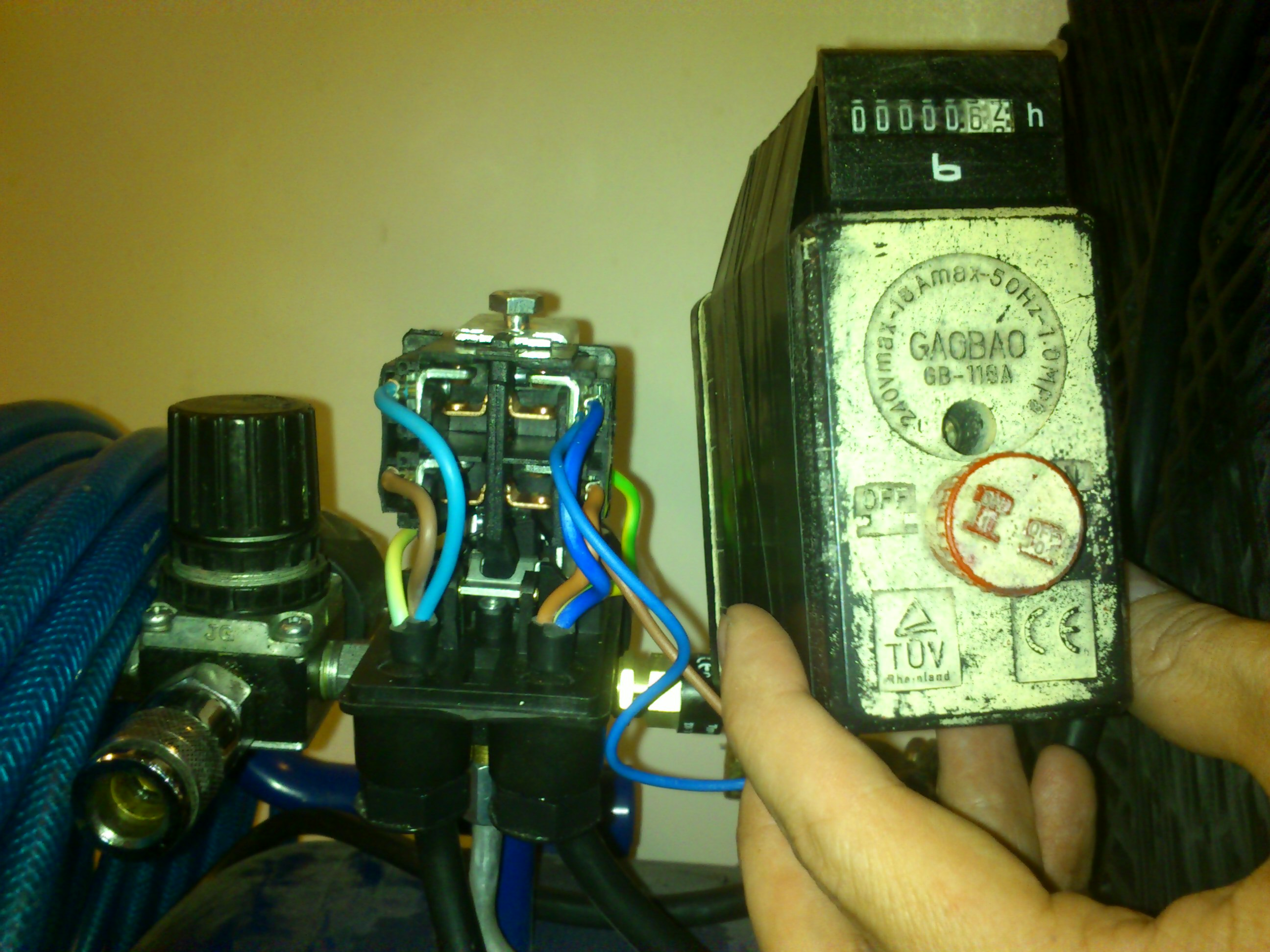 compressor-counter-wiring.jpg